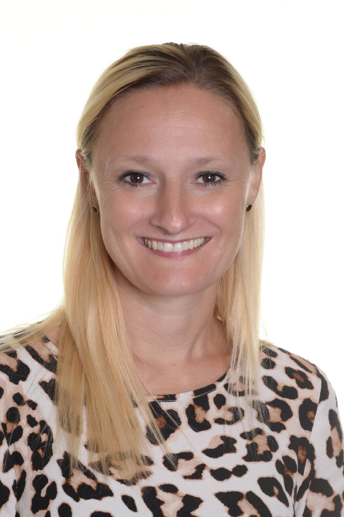 Eva Munch-Andersen, EA